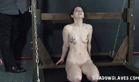 Tanned सेक्सी फिल्म फुल एचडी में सेक्सी फिल्म महिलाओं के साथ एक थरथानेवाला