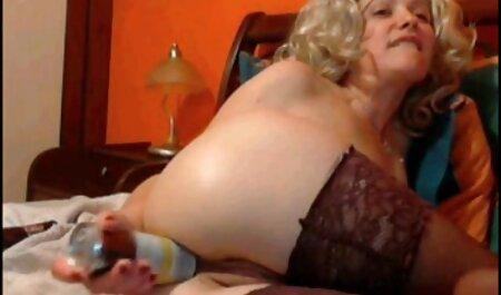 समलैंगिक बिस्तर और आपसी पथपाकर में मज़ा सेक्सी मूवी दिखाओ हिंदी में है