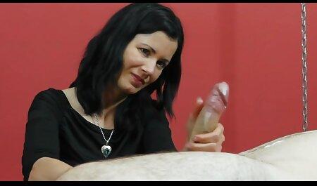 निजी चैट इंग्लिश सेक्सी मूवी ऑनलाइन में महान मुँह रेफरल