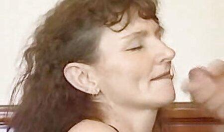 माँ बेटे और उसकी प्रेमिका के साथ सेक्सी मूवी एक्स एक्स एक्स एक्स सेक्स सिखाने ।