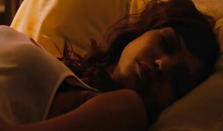 खोया मनोरंजन के सेक्सी वीडियो एचडी मूवी लिए छोटी काली टोपी दिखाई देते हैं