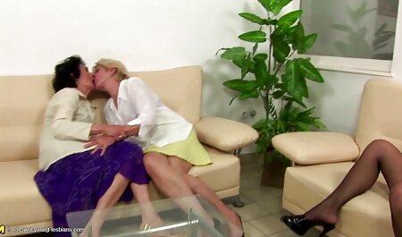 सुंदर जोड़ी, एक कंडोम सनी लियोन सेक्सी वीडियो फुल मूवी में एक लड़की.
