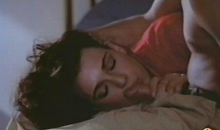 रात के बीच में रूस के साथ. हिंदी सेक्सी मूवी हिंदी सेक्सी मूवी
