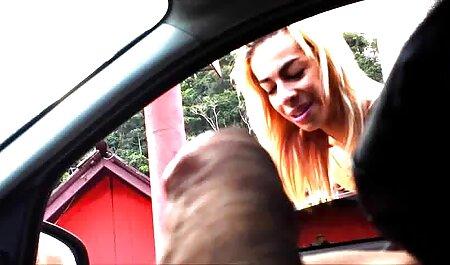 बेब सनी लियोन की सेक्सी मूवी वीडियो और उसे बिल्ली