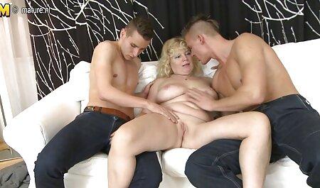 समलिंगी स्त्रियां उत्तेजक पारदर्शी इंग्लिश फिल्म मूवी सेक्सी वस्त्र मुखमैथुन